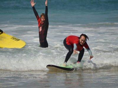 Curso de surf Fuerteventura con alojamiento 5 días