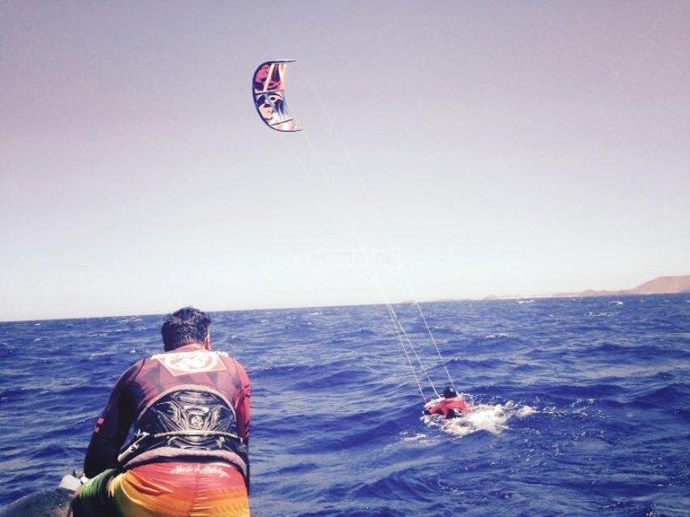 Aprende a kitesurf