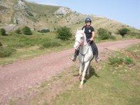 Passeggiata a cavallo attraverso Lazkaomendi per 2 ore
