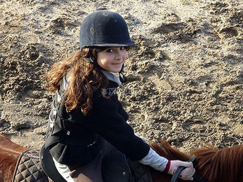 Ragazza a cavallo
