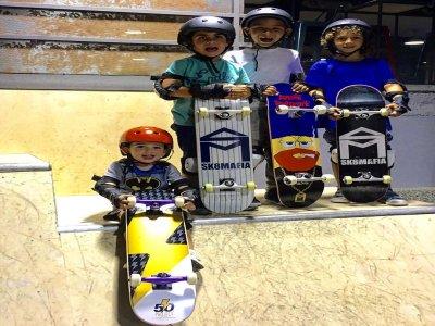 儿童滑冰学校,4班