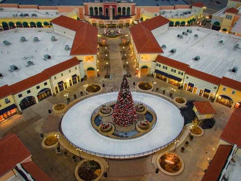 Tangiers shopping center