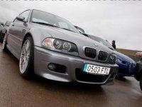 BMW sobre el asfalto