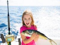 Pesca con niños en aguas baleares, 4 horas