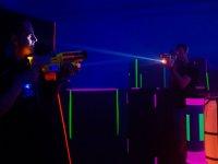 duelo de laser tag