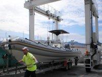 Bajando la embarcacion