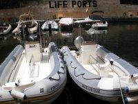 Dos embarcaciones
