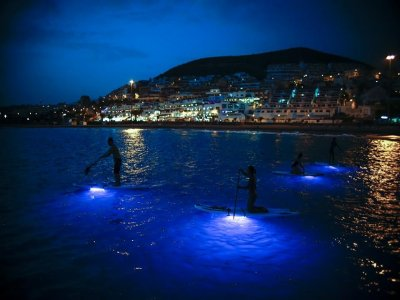 Paddle surf nocturno en Tenerife, no residentes