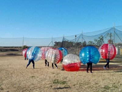 Bubble soccer match in Sevilla, 1 hour