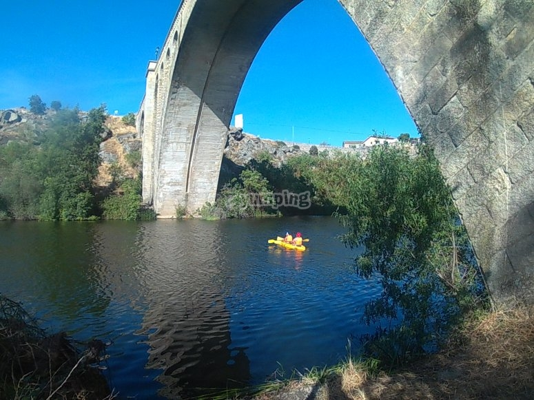Canoe rental in Ledesma
