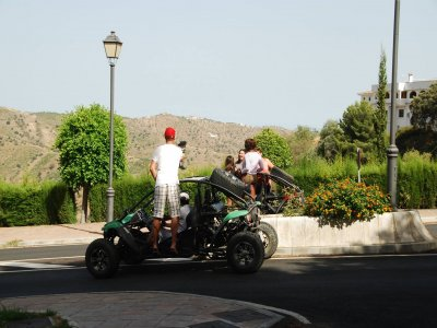 Route on buggy over Málaga's mounts + meal