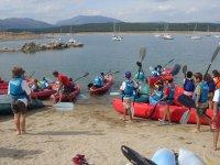 Grupo de iniciacion a los kayaks
