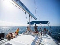 Navegando en el barco en Fuerteventura