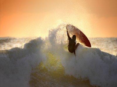 Santa Surf