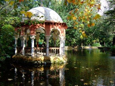 参观SevilleMaríaLuisaPza西班牙公园1小时15分钟