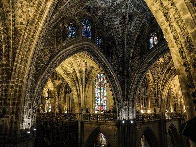 参观纪念塞维利亚入口大教堂1小时15分钟