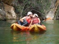 在Fuensanta水库2小时的皮划艇租赁