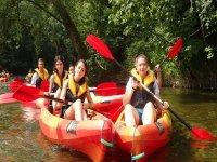 Kayaking con el campamento