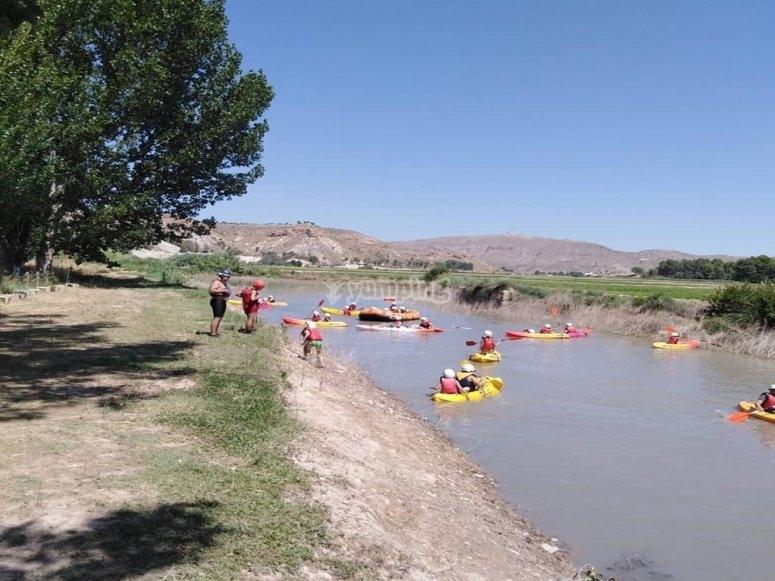 Kayak trip in Almadenes canyon