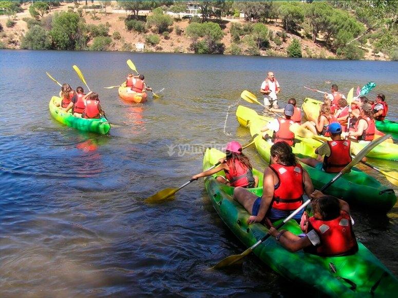 Canoe nel serbatoio