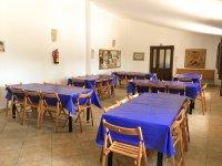 蓝色桌布餐厅