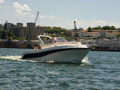 Paseo en barco en Vizcaya durante 9 horas