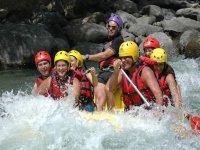 Rafting diversion en el rio