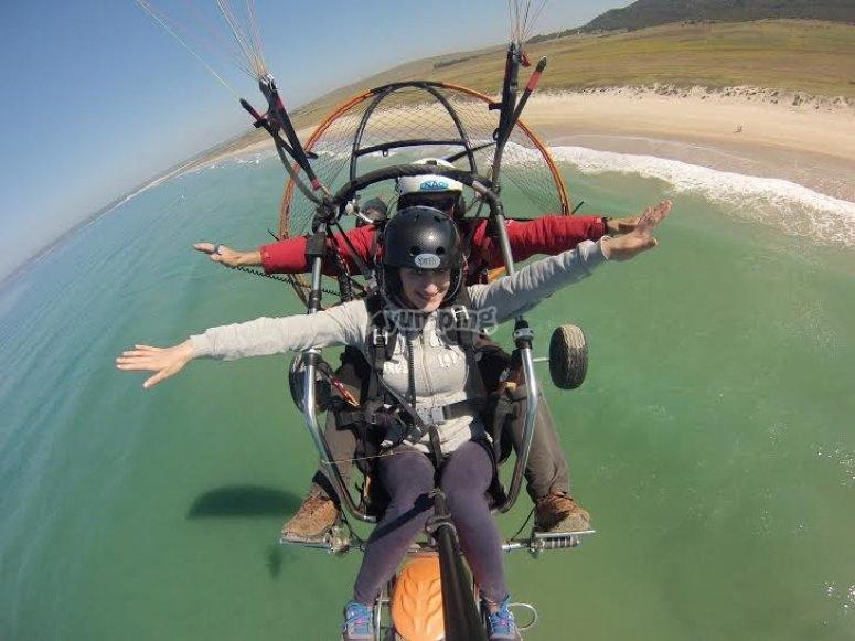 高空滑翔伞加的斯海岸