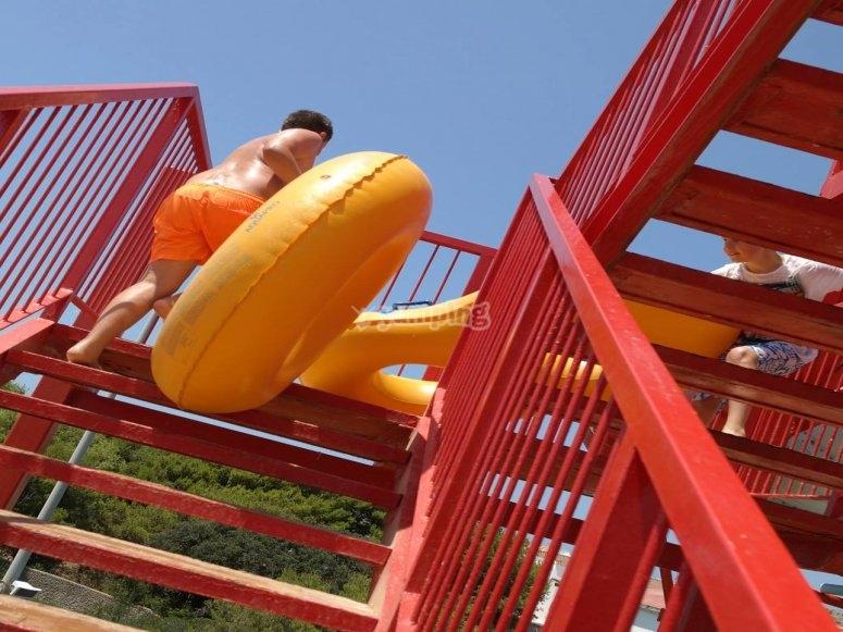 Doughnut on the slide