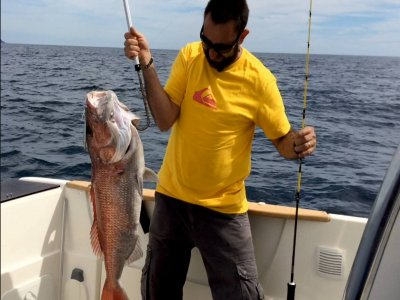 Jornada de pesca en barco en Fuerteventura
