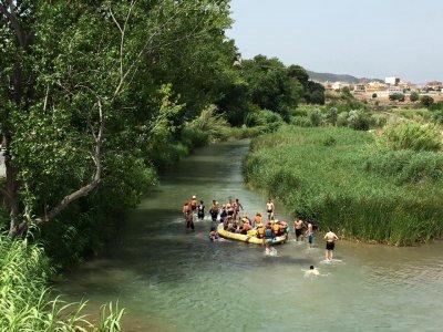 漂流在图里亚河上
