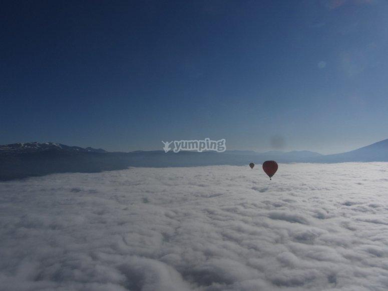 Globos volando