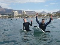 学习在特内里费岛冲浪