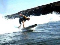 在特内里费岛捕捉海浪