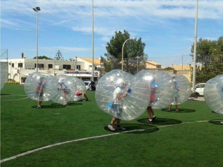 En la cancha con las burbujas