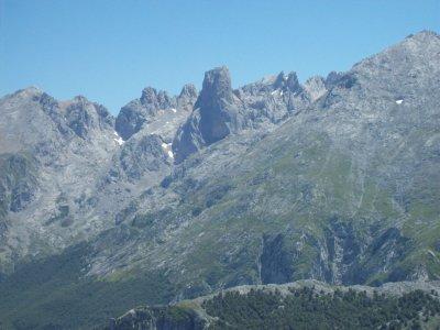 Attraversa i punti panoramici dei Picos de Europa per 5 giorni