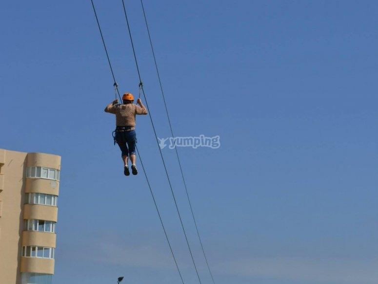 Zip-line of 59 ft