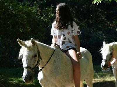 Montar a caballo por Itsaso de 1 hora