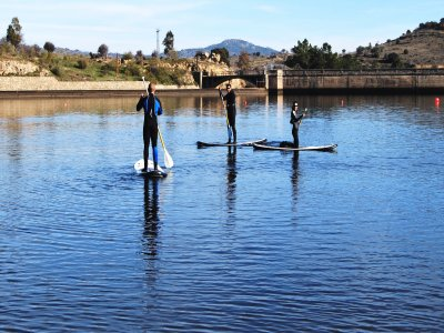 Team building: canoeing + SUP, Burguillo reservoir
