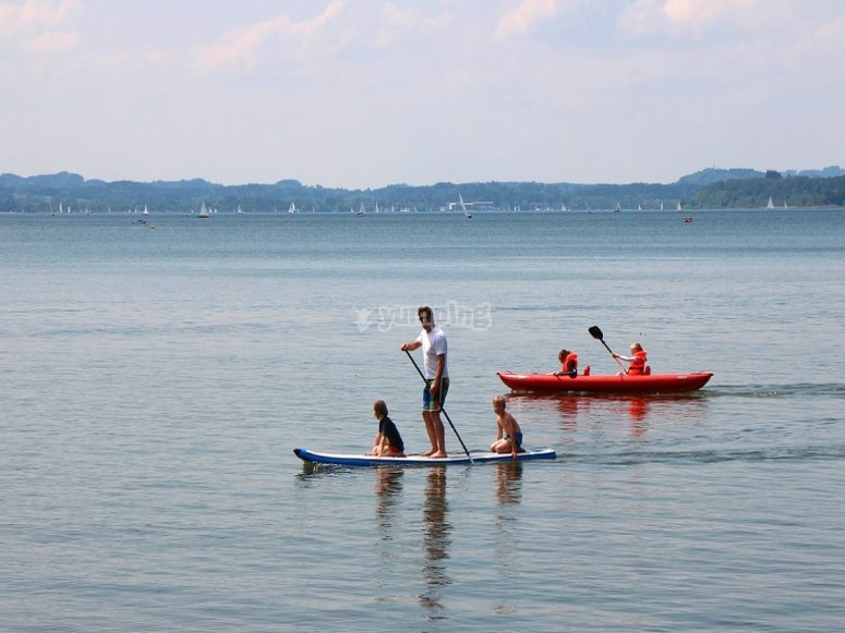 Paddle surfing with children