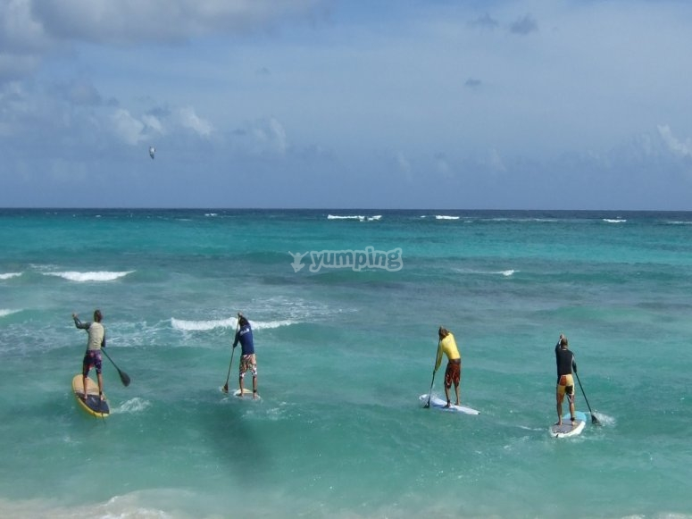 SUP boarding as a group