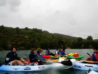 Practica kayak con tus amigos