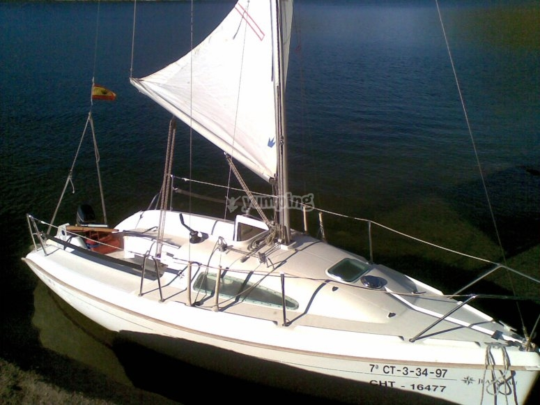 El velero con el que navegareis