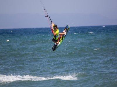在Motril租用风筝冲浪5天