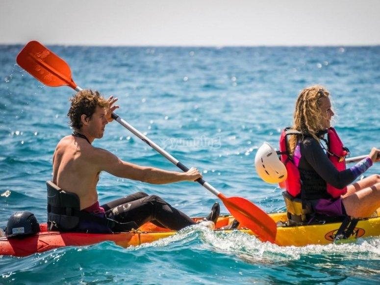 Paseando en kayak en La Herradura