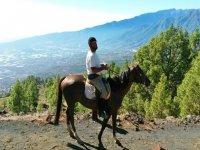 Montar a caballo por La Hilera nivel medio 7 horas