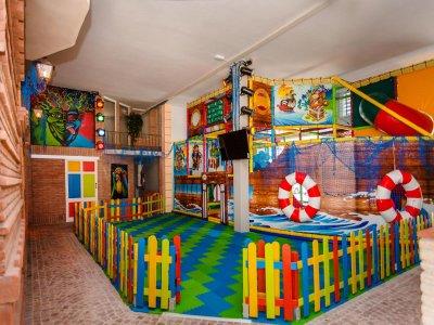 Sesión en parque infantil Castelldefels de 30min