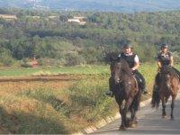Ruta a caballo por Canoves