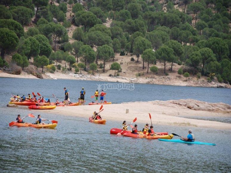 Kayaking en el embalse