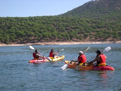 Ruta en kayak por Embalse de San Juan 3 horas